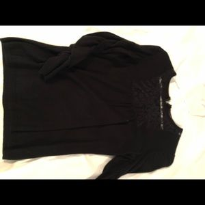 Black 3/4 length scrunched sleeves hole in lace